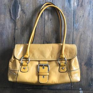 Beautiful leather Giani Bernini hand bag